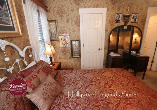 Hollywood Legends room with bed and desk with mirror