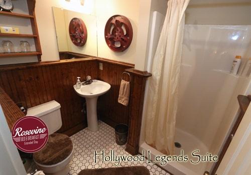 Hollywood Legends bathroom with walk in shower